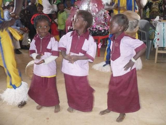 il fascino delle danze per le bambine ....